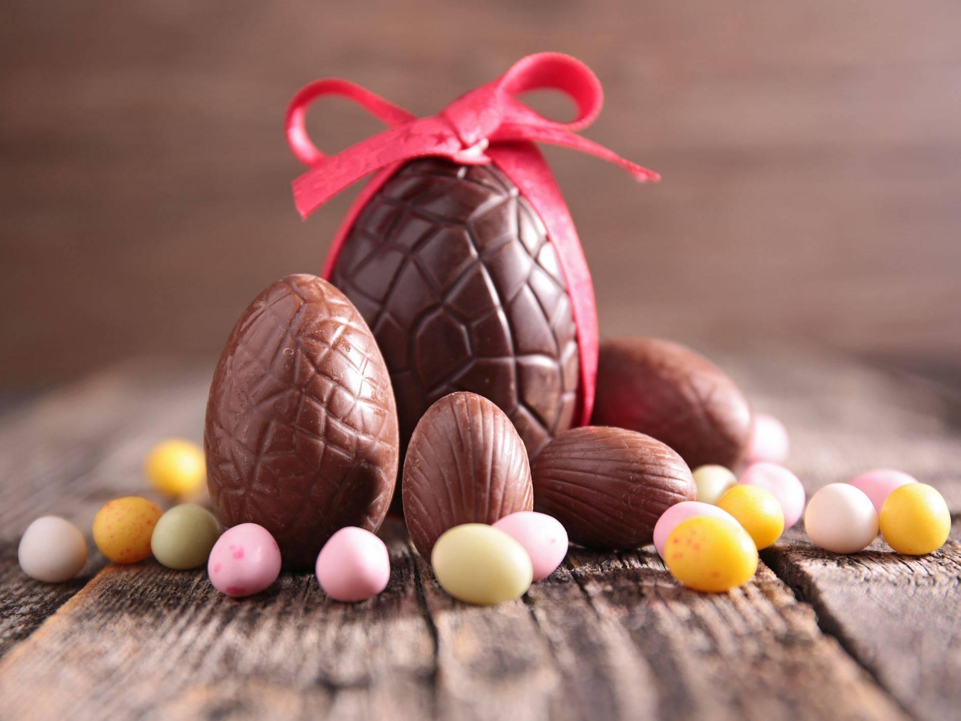 Cât de nocive sunt dulciurile pe care copiii le consumă de Paște?