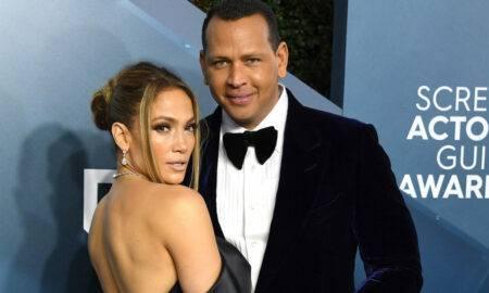 Jennifer Lopez și Alex Rodriguez au concurat unul împotriva celuilalt! Cei doi și-au provocat familiile la un joc de baseball de Ziua Independenței