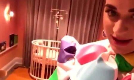 """Katy Perry """"câștigă bătălia"""" și alege numele fiicei ei și a lui Orlando Bloom"""
