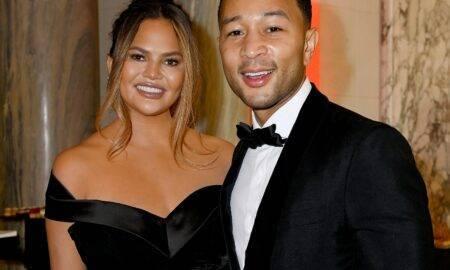 """Chrissy Teigen este însărcinată cu al treilea copil! John Legend, soțul său, a lansat de curând videoclipul pentru noua sa piesă, """"Wild"""""""