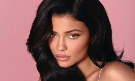 Kylie Jenner împlinește 23 de ani. Cum a sărbătorit cea mai tânără miliardară din lume