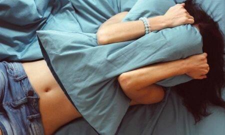Prea cald pentru a dormi: cum să faci față zilei după un somn teribil