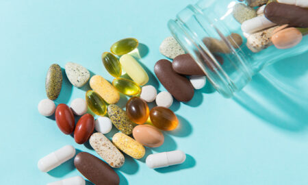 10 vitamine (și suplimente) care trebuie luate întotdeauna cu mâncare