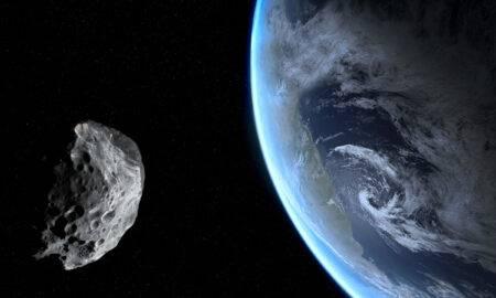 Asteroid de dimensiunea RV pentru a ajunge mai aproape de Pământ decât de lună