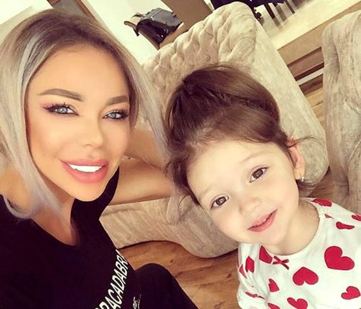Prima zi de grădiniță a Sofiei, fiica Biancăi Drăgușanu, după vacanța de vară. De cine a fost micuța însoțită?