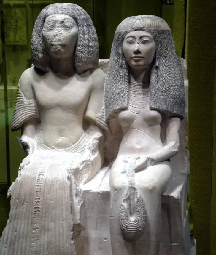 Rolul femeilor în civilizația egipteană antică
