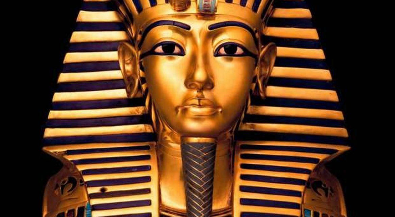 Tutankhamun – regele faraon mort la doar 19 ani