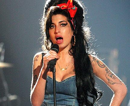 Amy Winehouse. Un suflet sensibil, distrus de faimă și de iubire