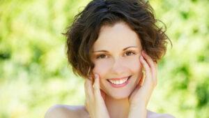 Utilizări nebănuite ale bicarbonatului de sodiu. Are efecte benefice asupra tenului și asupra părului