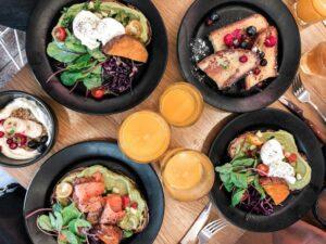 8 moduri de a pierde în greutate înainte de prânz)