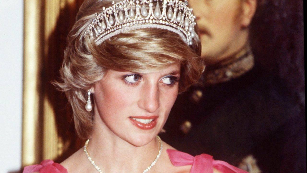 Prințesa Diana a recunoscut că și-a înșelat soțul într-un interviu dat pe ascuns în Palatul Kensington