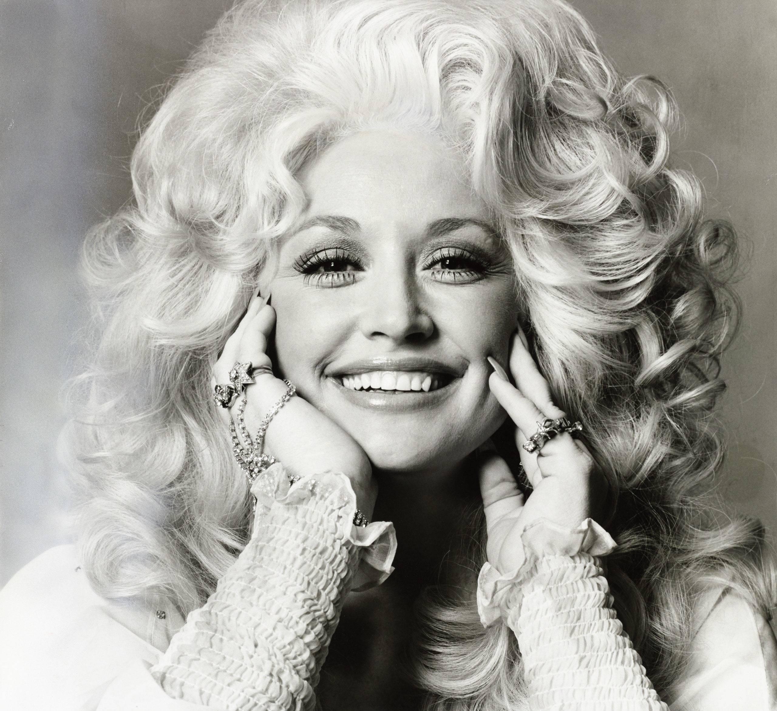 Dolly Parton, album nou de Crăciun!