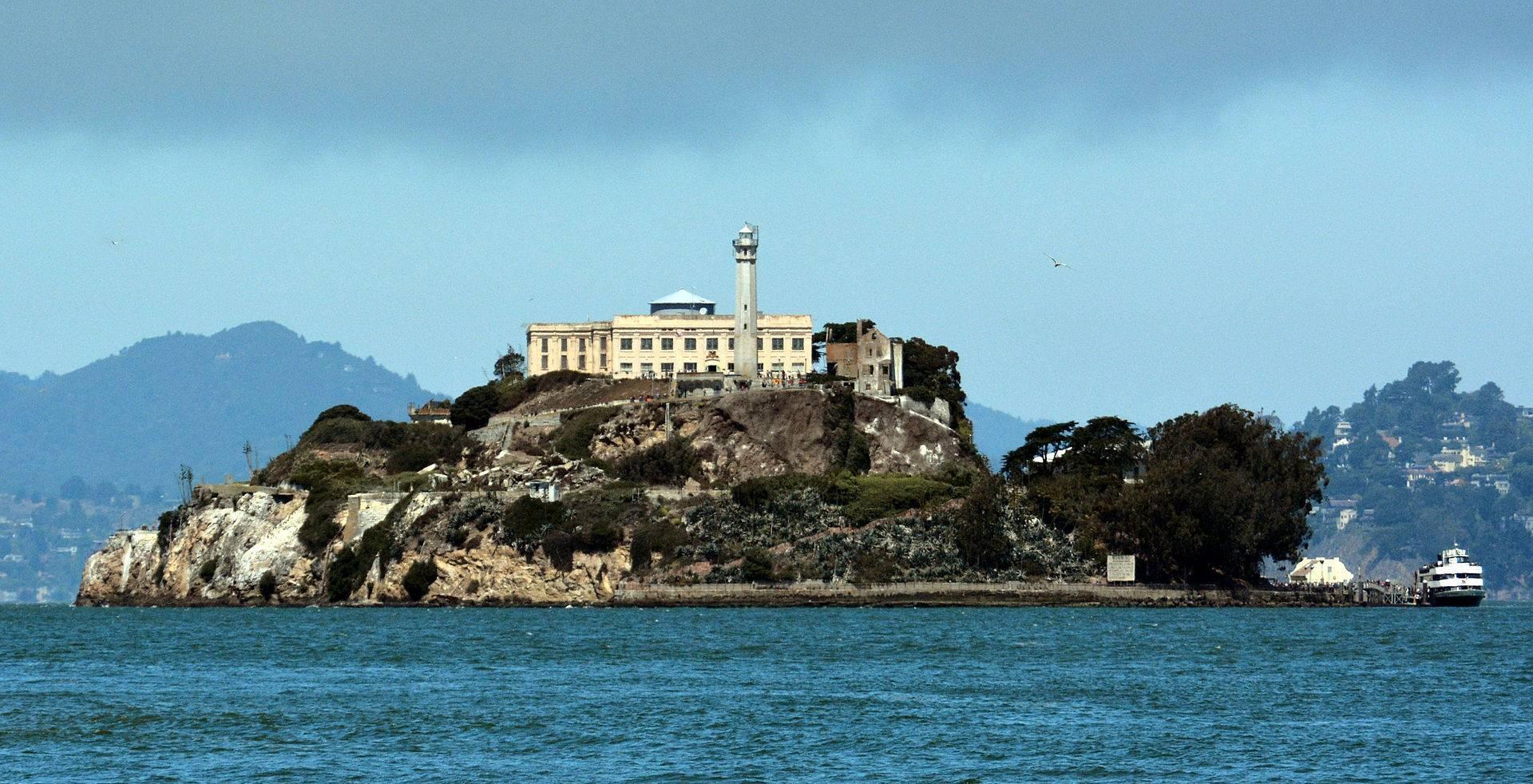 Alcatraz. Închisoarea federală cu deținuți celebri