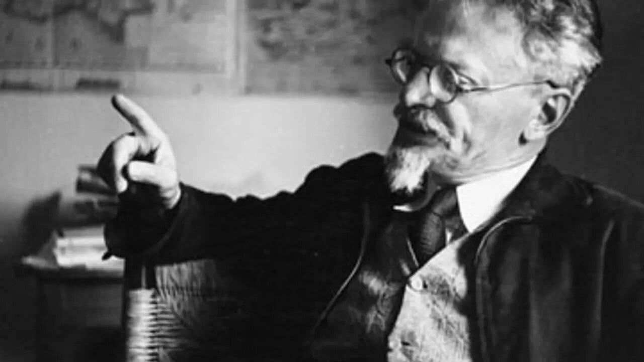 Află cine era cu adevărat Lev Davidovici Troțki. Scriitorul și liderul comunist