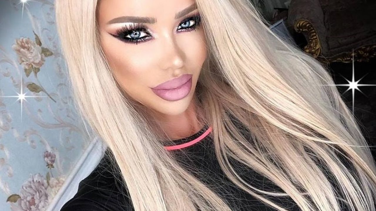 Bianca Drăgușanu își face un nou tatuaj! De data aceasta este vorba despre o zonă mai sexy
