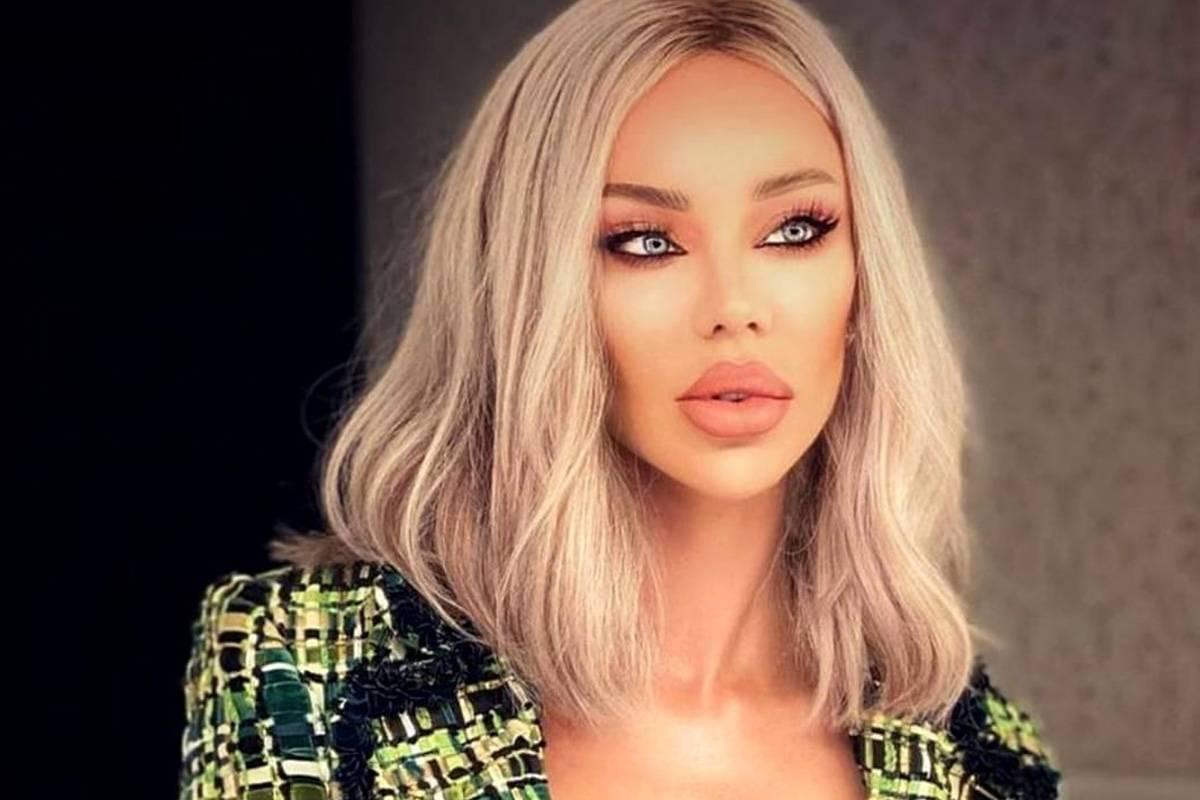 """Bianca Drăgușanu în război cu o altă diva din showbiz! Jignirile curg fără încetare: """"Cândva, a fost o 🐷 îndrăgostită de lux"""""""