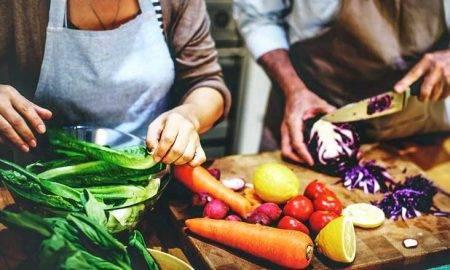 Top 5 alimente pe care să le eviți dacă ai probleme cu tiroida