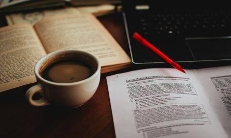 Ce rol a avut cafeaua în literatură de-a lungul timpului și cum a afectat aceasta cele mai cunoscute opere?