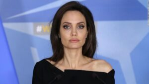 Angelina Jolie se înfometează? La ce greutate a ajuns actrița în ultima perioadă?