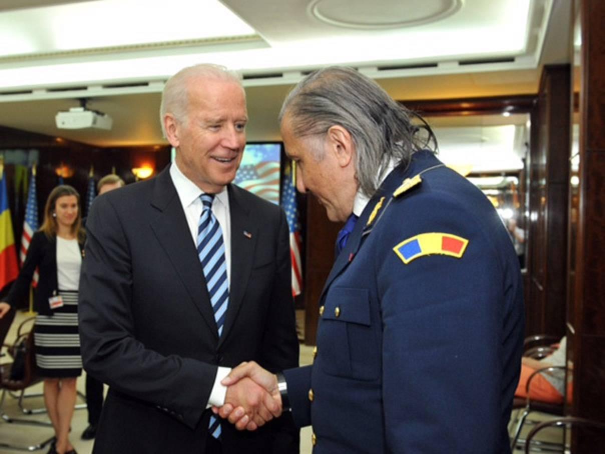 Ilie Năstase are o relație specială cu Joe Biden! Tenismenul urmează să meargă în vizită la Casa Albă