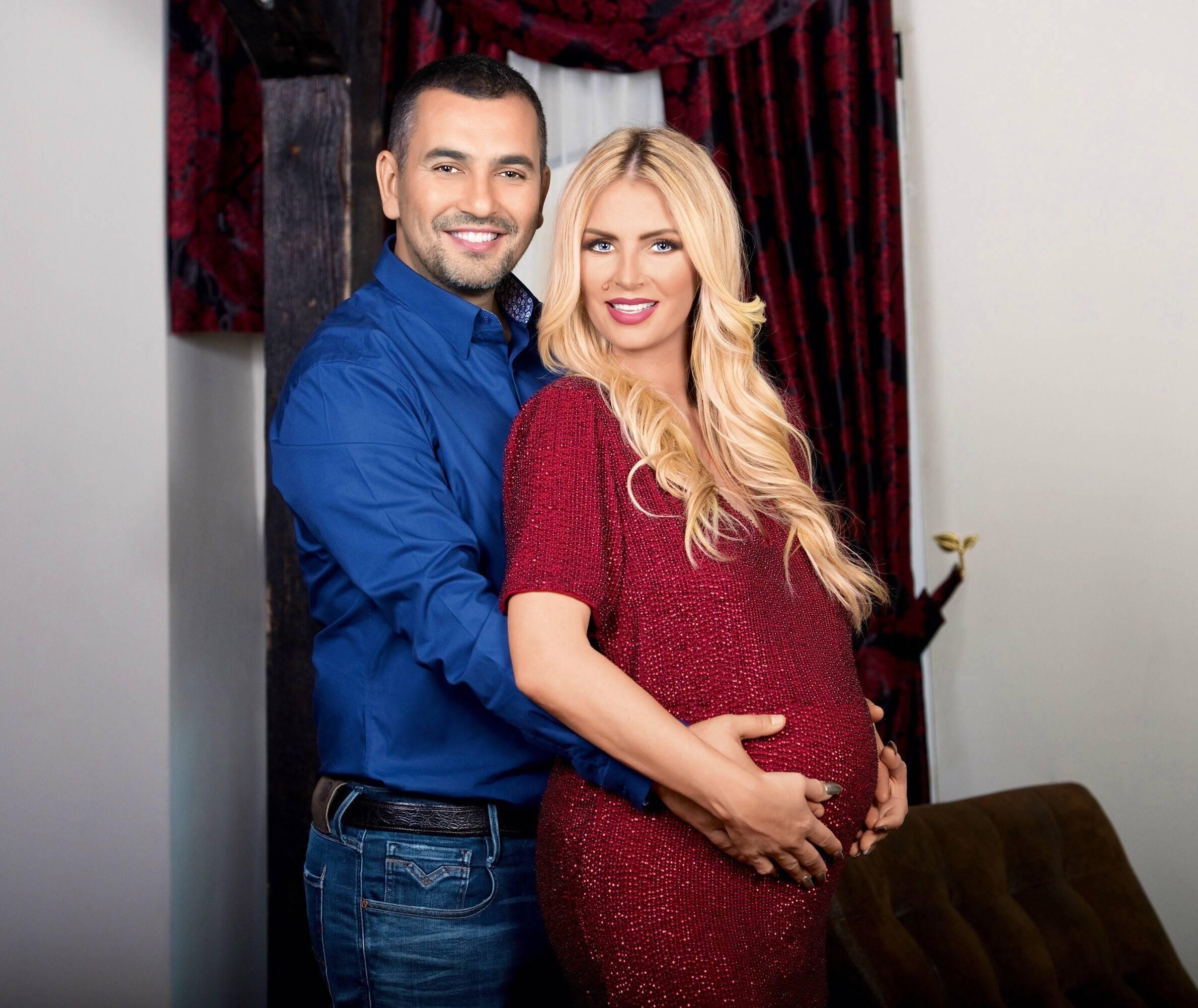 Andreea Bănică ne dezvăluie cum au fost cele două nașteri! Este vedetă dar nu a fost scutită de dureri