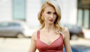 """Andreea Bălan a îmbrăcat din nou rochia de mireasă!""""Mie îmi place să fiu mireasă de mai multe ori în viață.."""""""