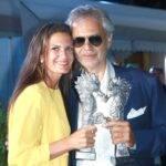 Soția lui Andrea Bocelli arată ca scoasă din revistă! Cine este de fapt Veronica Berti?
