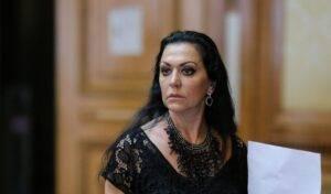 Veste șoc pentru fanii lui Beatrice Rancea! Celebra artistă a fost arestată de DIICOT pentru corupție!