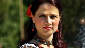 O artistă de muzică populară vorbește despre scandalul iscat după moartea Corneliei Catanga