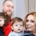 Cine este soțul Simonei Gherghe și cu ce se ocupă acesta când nu este acasă cu familia sa?