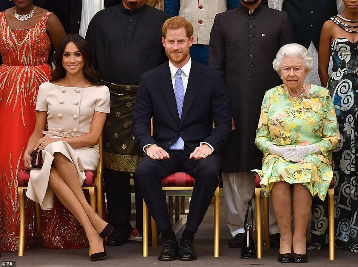 Regina Elisabeta a II-a a luat o decizie importantă care îl vizează în mod direct pe prințul Harry!
