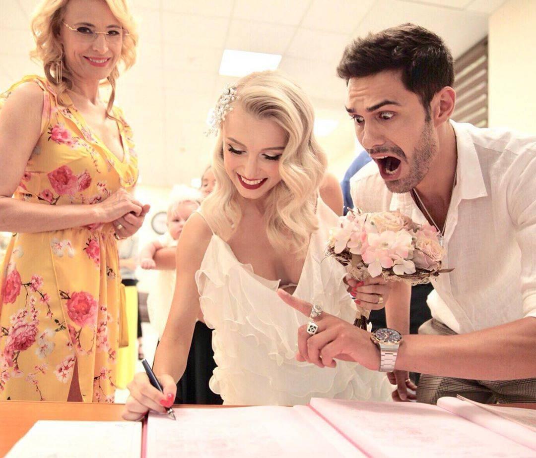 Declarațiile care vor arunca lumea mondenă în aer! Andreea Bălan a făcut nuntă pentru bani și este infidelă?
