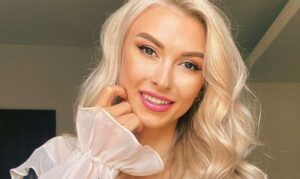 Andreea Bălan vorbește despre cum a ajuns să rupă legătura cu tatăl său după destrămarea trupei Andre