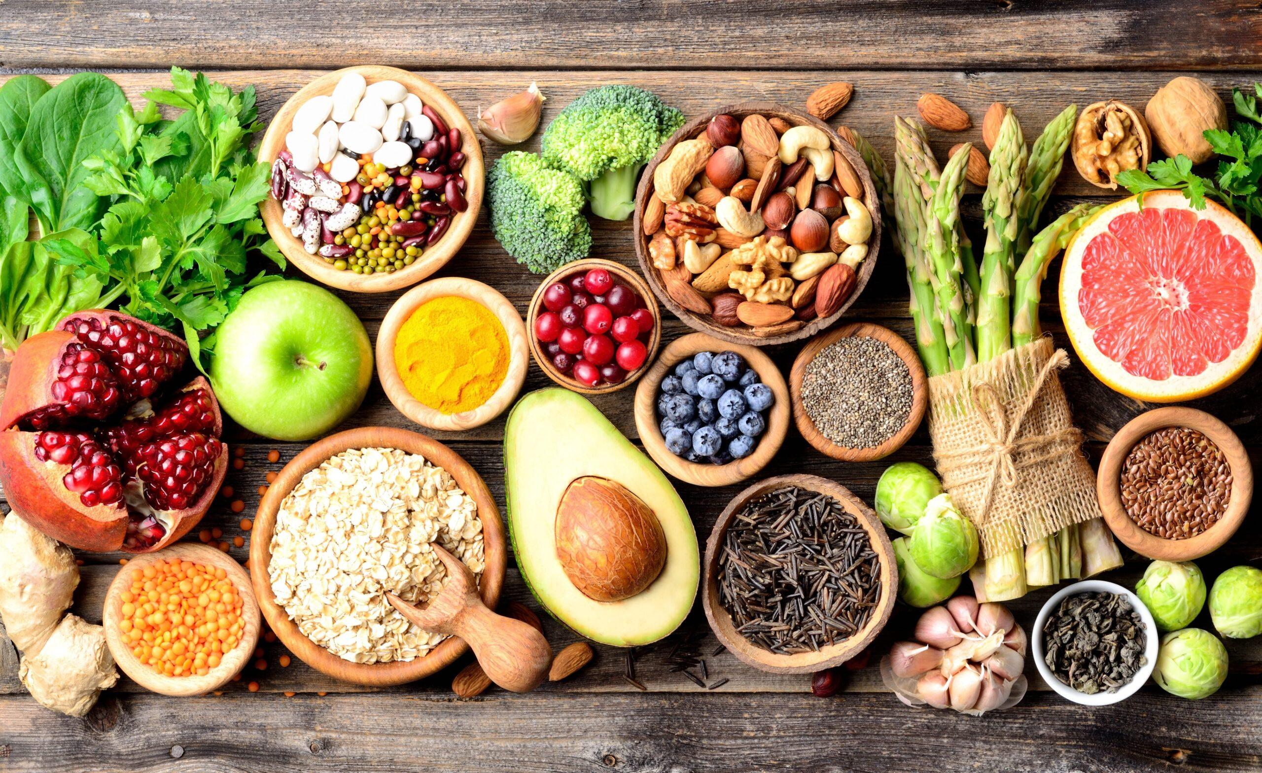 Îmbunătățește-ți imunitatea și energia cu aceste alimente. Ce să mănânci ca să te simți mai bine