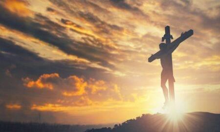 Rugăciunea din Vinerea Mare! Ce înseamnă această zi pentru credincioși, dar și ce nu ai voie să consumi