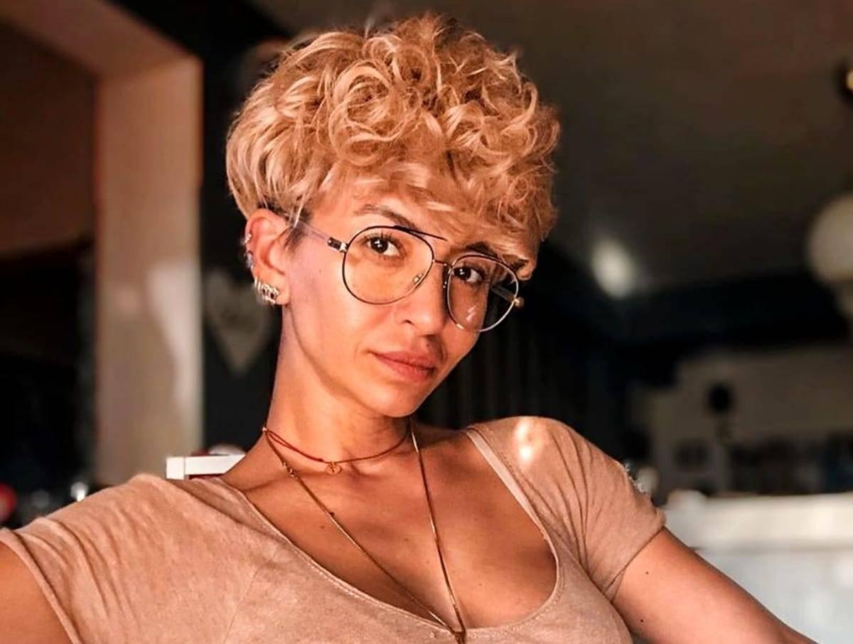 """Giulia Anghelescu și operațiile estetice! Ce are de spus artista despre """"îmbunătățirile"""" pe care și le-a făcut?"""