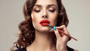 Ce rol are make-up-ul în viața doamnelor și domnișoarelor și cum pot deveni acestea mai încrezătoare?