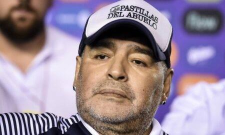 """Diego Maradona putea fi salvat! Medicii l-au """"abandonat"""", iar tratamentul medicamentos a fost unul neadecvat"""