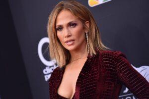 Dieta lui Jennifer Lopez pentru un corp perfect. La 51 de ani, vedeta arată incredibil