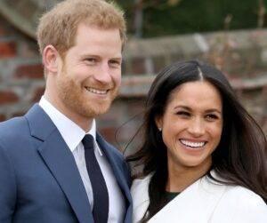 Membrii Familiei Regale își doresc ca Harry și Meghan să renunțe la titlurile nobile pe care le au