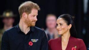 Familia Regală i-a felicitat în mod public pe Harry și pe Meghan pentru noul membru venit în familia lor