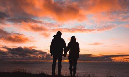 Top 10 etape prin care orice persoană trece atunci când se află într-o relație