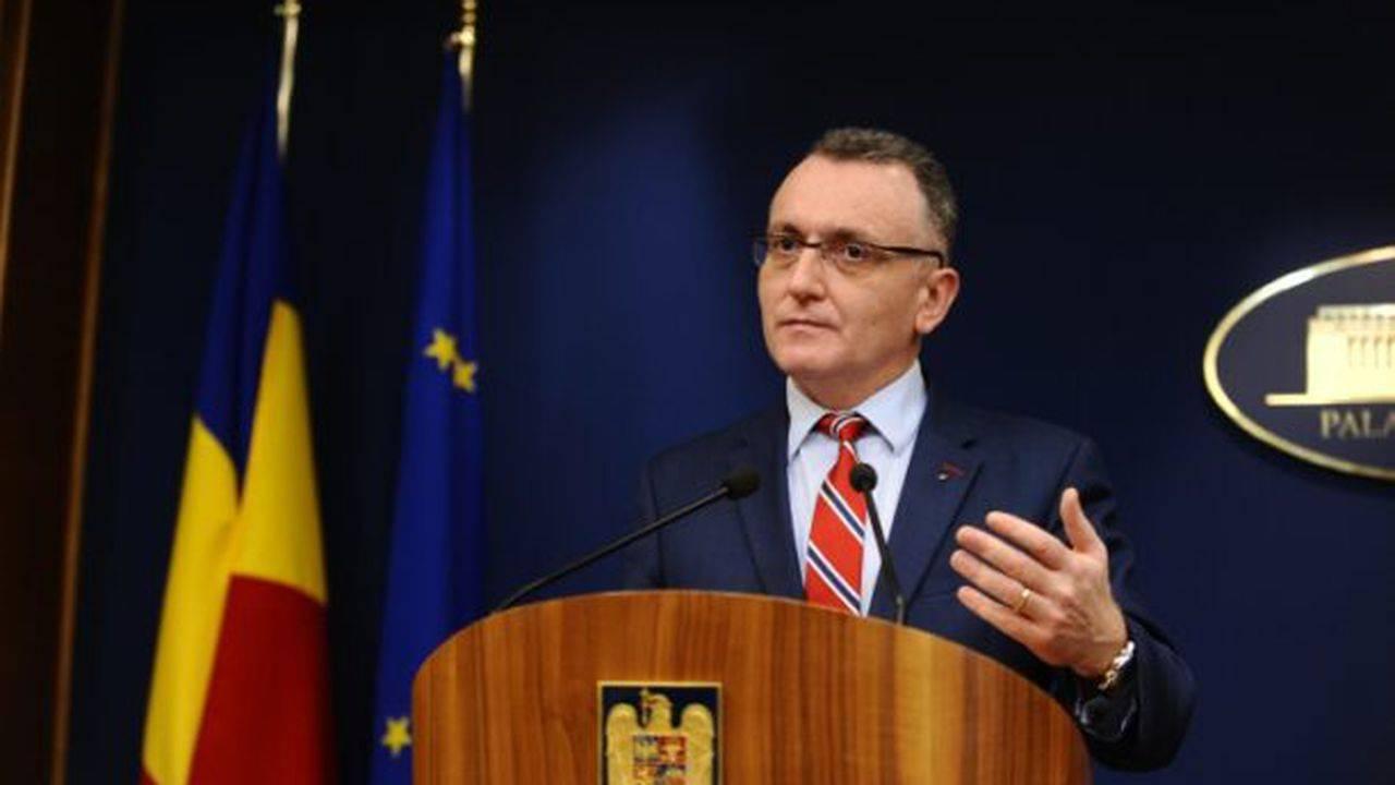 Sorin Cîmpeanu face declarații despre legea privind educația sanitară în școli