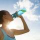 Câtă apă trebuie să consumi zilnic în funcție de greutate ta? Acest detaliu îți va schimba viața complet