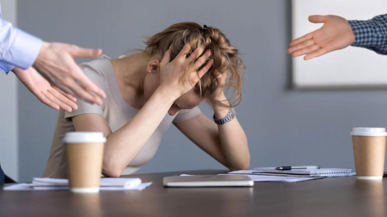 Care sunt primele semne ale unui burnout? Îl poți confunda cu ușurință cu alte stări