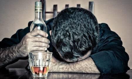 Efecte greu de imaginat pe care consumul de alcool în cantitate mare le poate avea asupra organismului