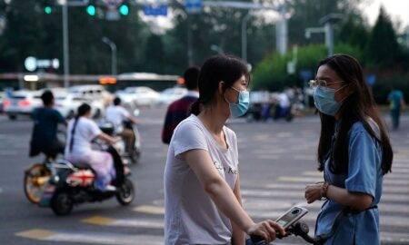 China schimba strategia. Personele nevaccinate vor avea accesul interzis la o serie de servicii publice