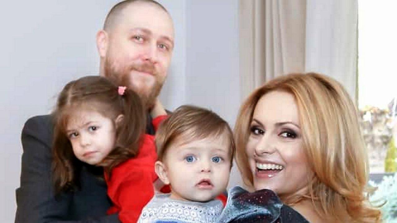 Simona Gheorghe și-a suprins soțul cu o declarație de dragoste! Răzvan Săndulescu își serbează ziua de naștere