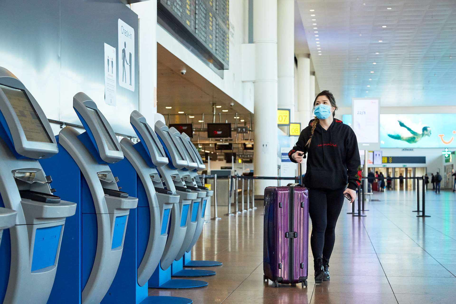 Centrul pentru Prevenirea Bolilor avertizează românii: NU călătoriți în Grecia