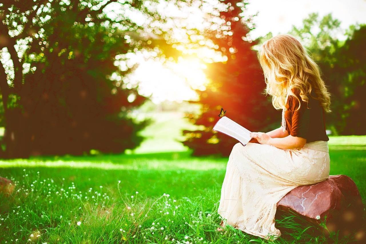 5 cărți care te ajută să ieși din depresie și să vezi viața cu alți ochi